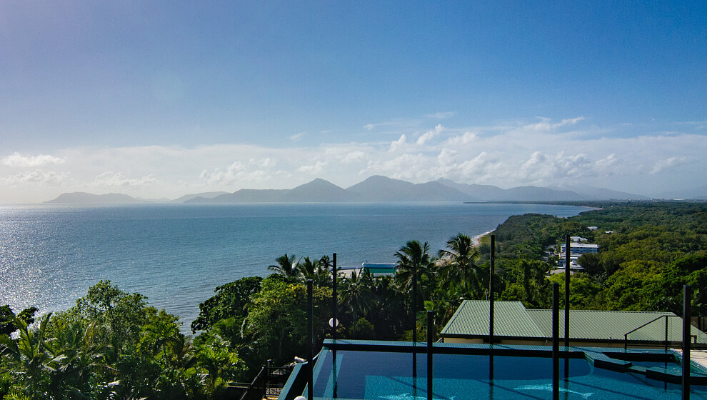 A Villa Gail - morning view to Cape Grafton, Mt Yarrabah & Mt Murray Prior