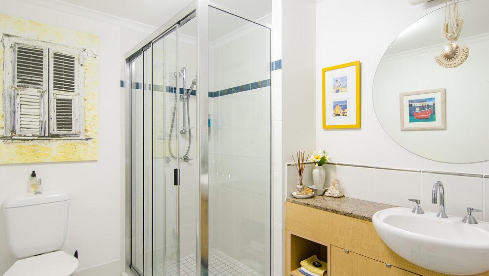 Trinity Beach Penthouse Bathroom 2 shower basin & loo