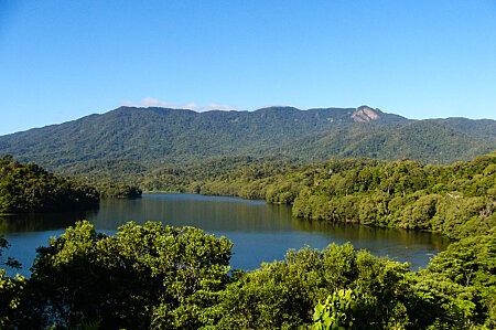 Lake Morris & Kahlpahlim Rock on the Lamb Range