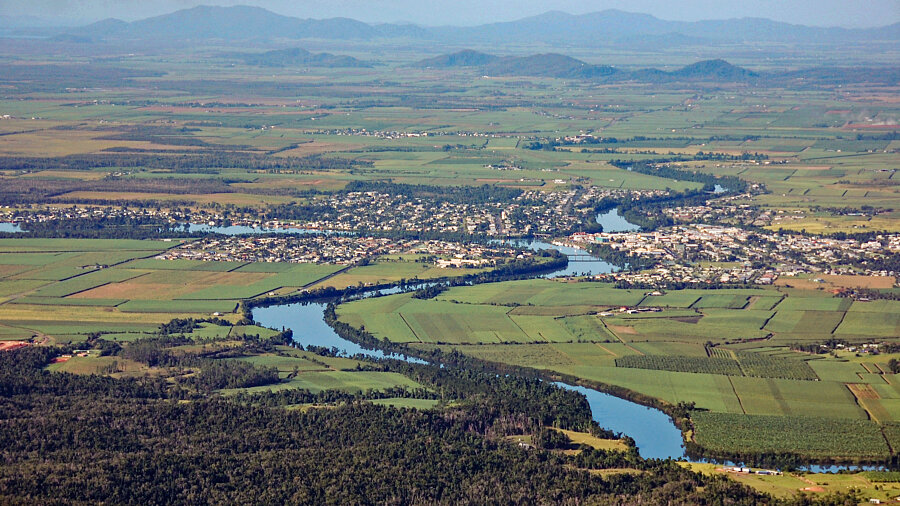 Innisfail & the Johnstone River