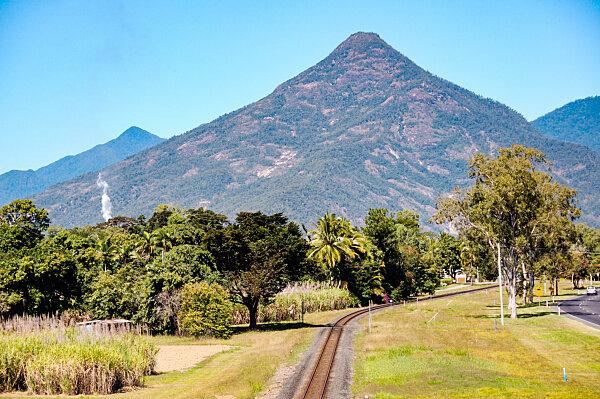 Walshs Pyramid at Gordonvale