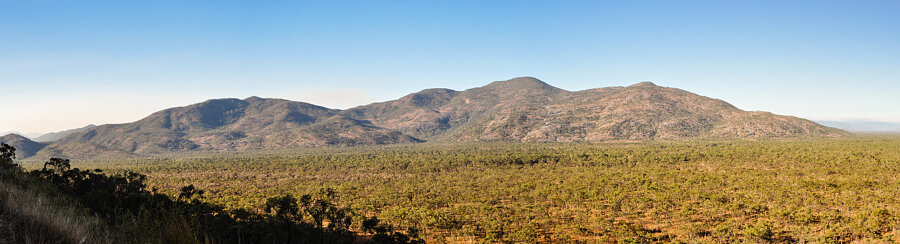 Mt Elephant, Desailly Range