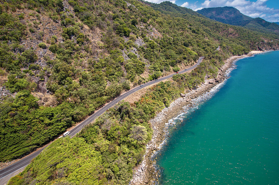 Cook Highway to Port Douglas