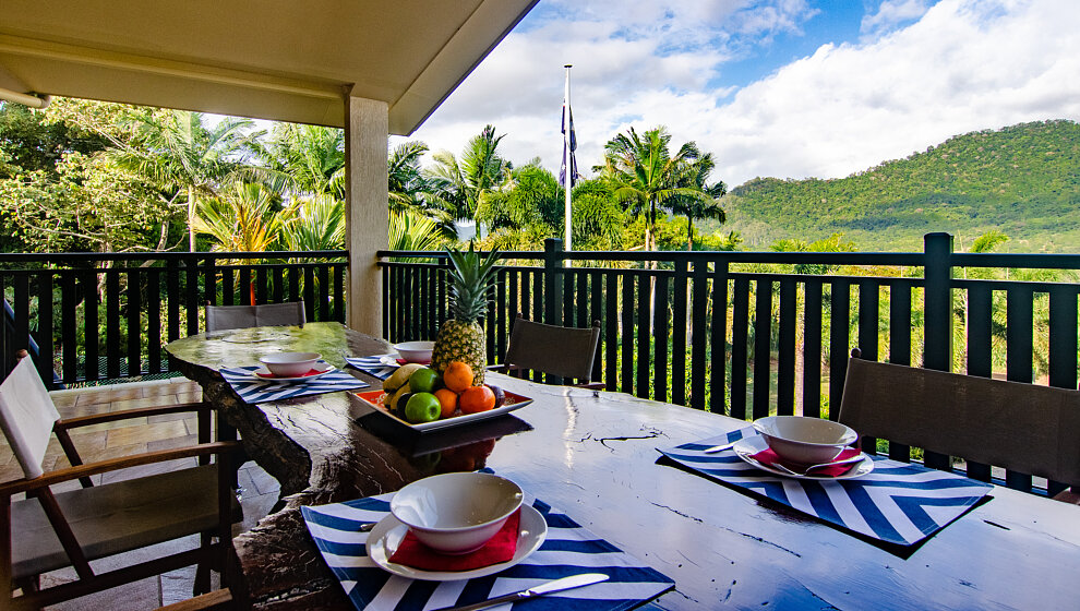 Breakfast on the front verandah