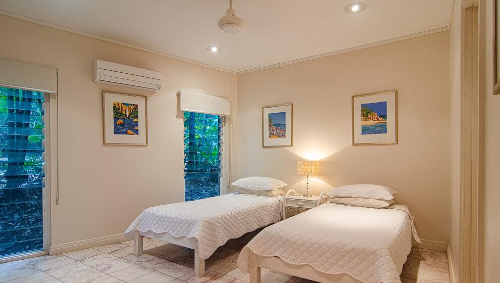 Sapphire Ridge Twin bedroom 2