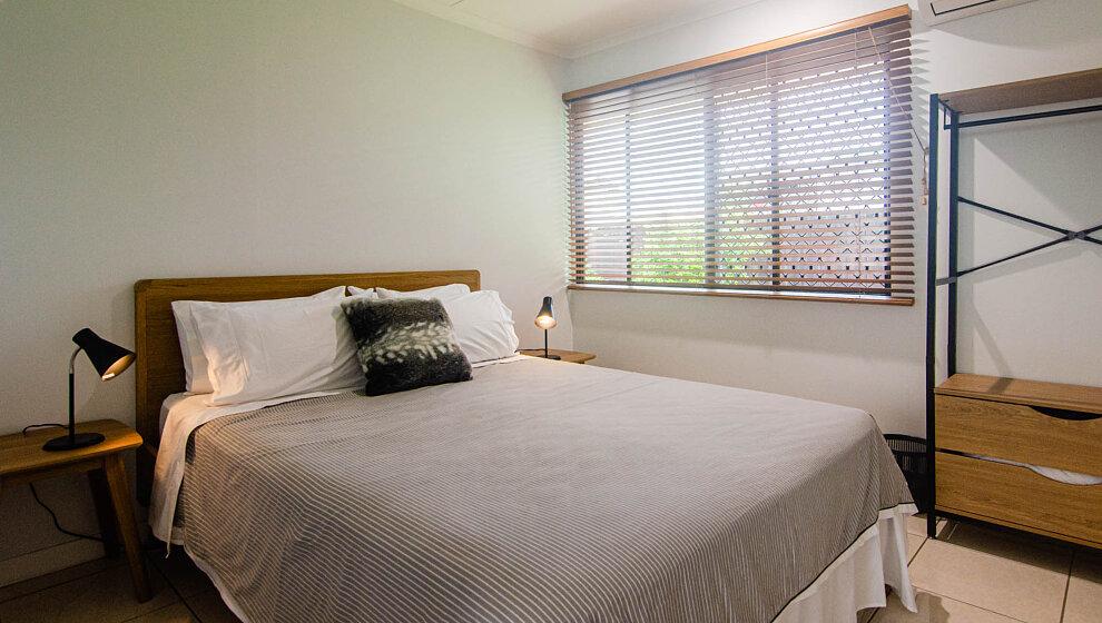 Air-conditioned Queen bedroom 2