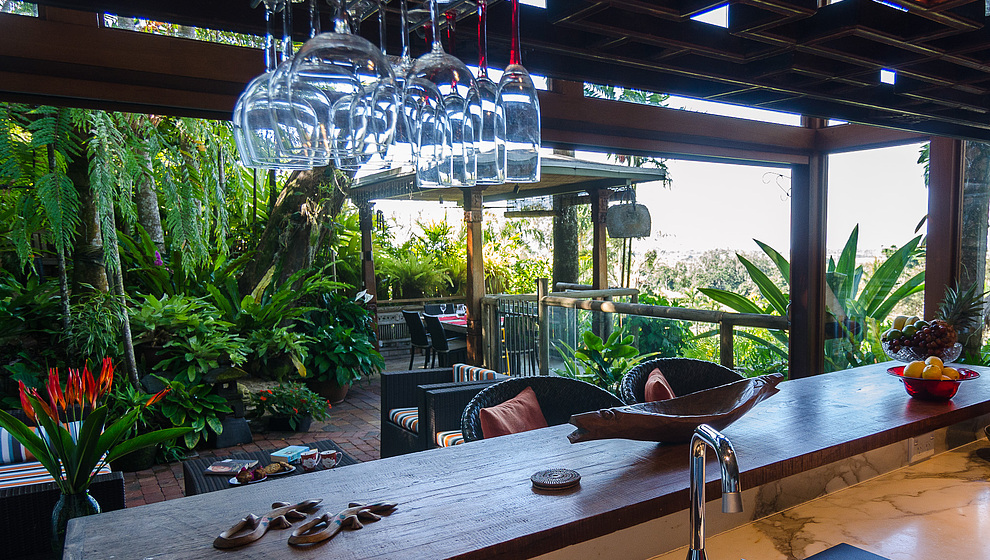 Touch of Bali - Kitchen patio