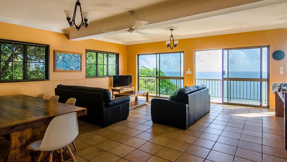 A Villa Gail -  2 bedroom apartment below sun terrace