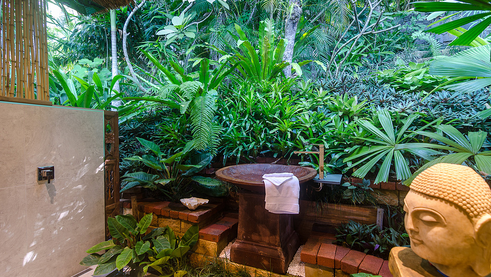 Touch of Bali - King bedroom ensuite
