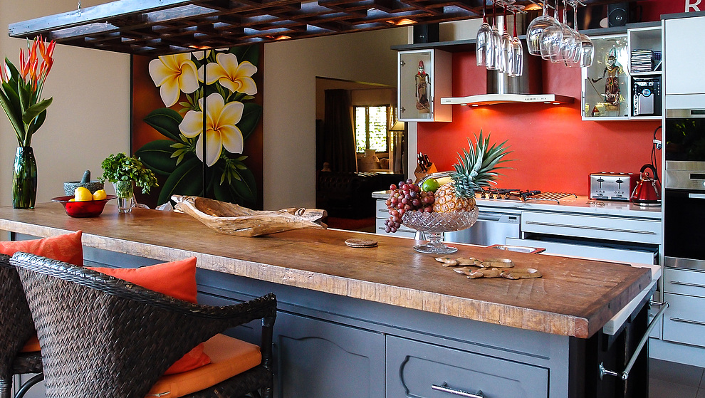 Touch of Bali kitchen