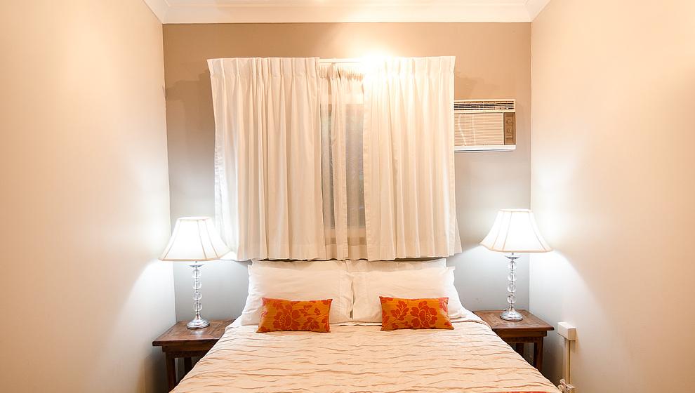 Touch of Bali - Queen bedroom 2