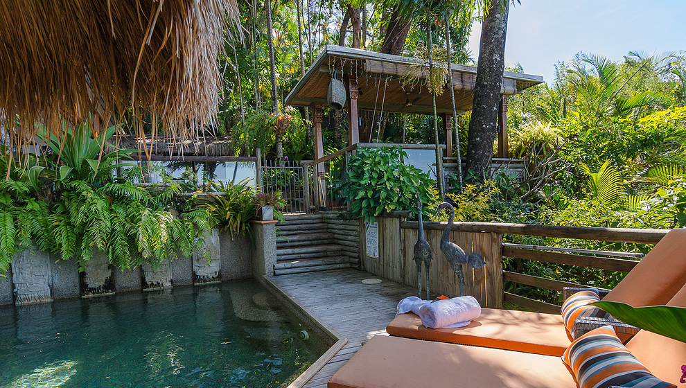 Touch of Bali - Pool & pavilion