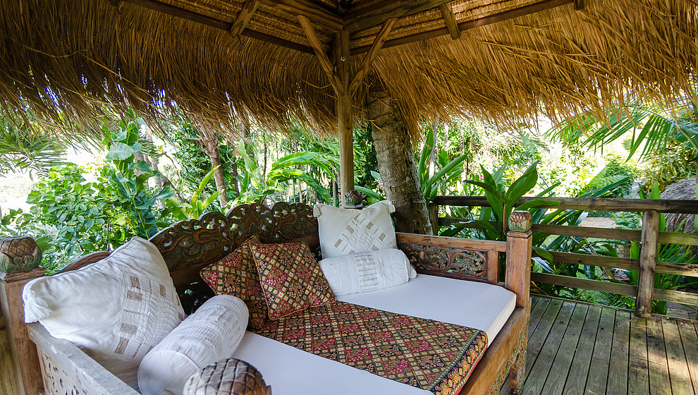 Touch of Bali - Shaded daybed