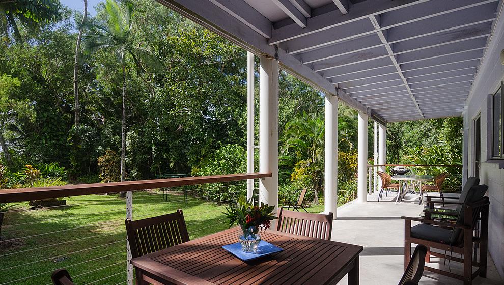 Garden verandah