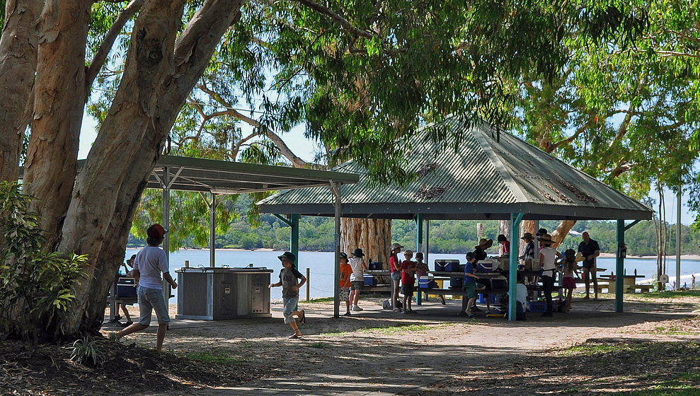 Kewarra Beachfront House - free BBQs at Kewarra Beach