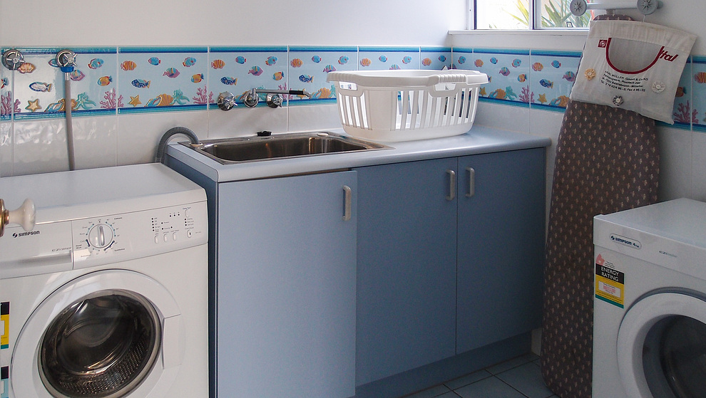 Kewarra Beachfront House - Laundry