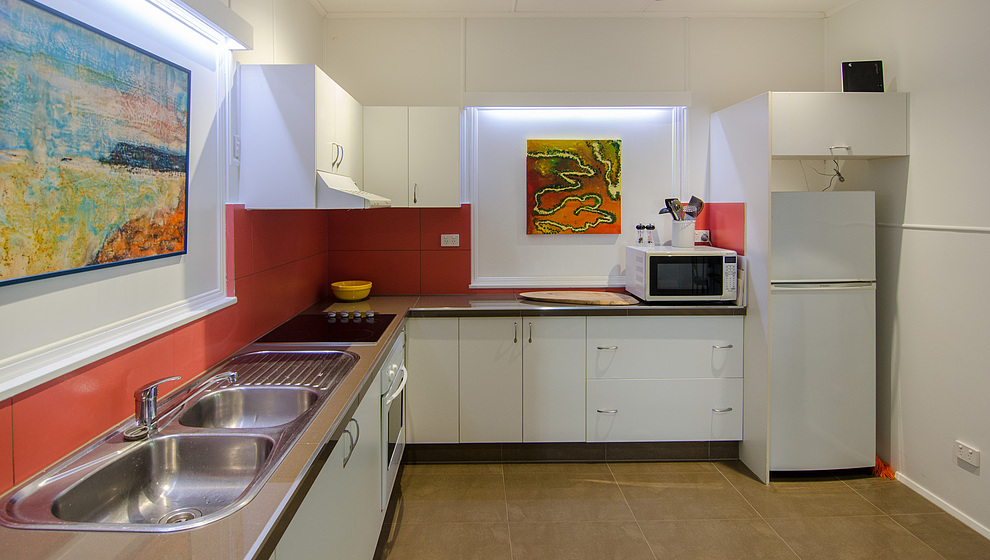 Pandanus - double sink, microwave & large fridge