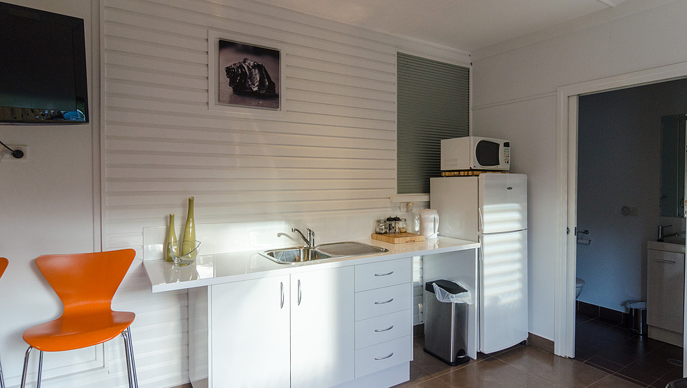 Pandanus - Breadfruit Studio kitchenette