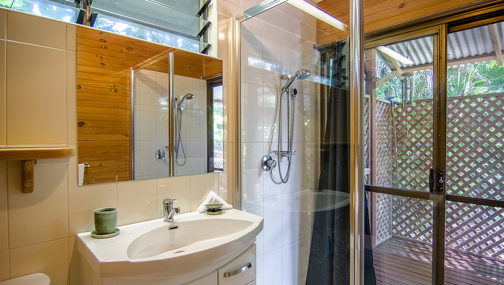 Bedroom 1 ensuite with double shower