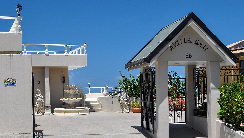 A Villa Gail - entrance