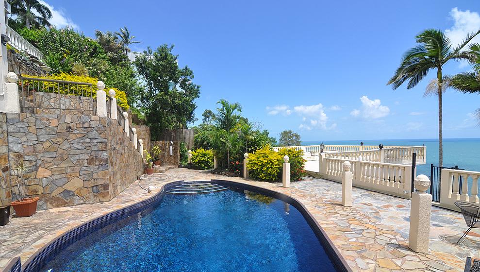 A Villa Gail - Swimming Pool