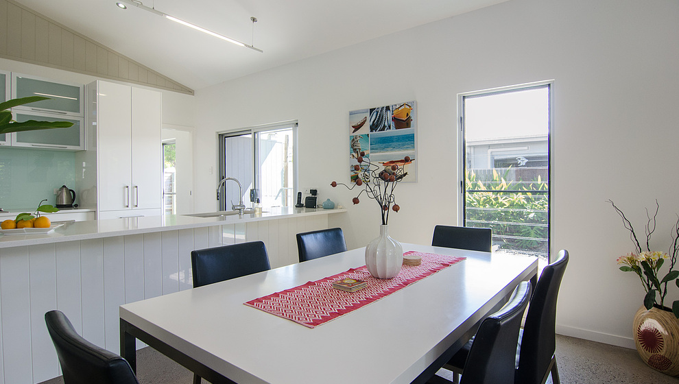 Dining table & kitchen bench