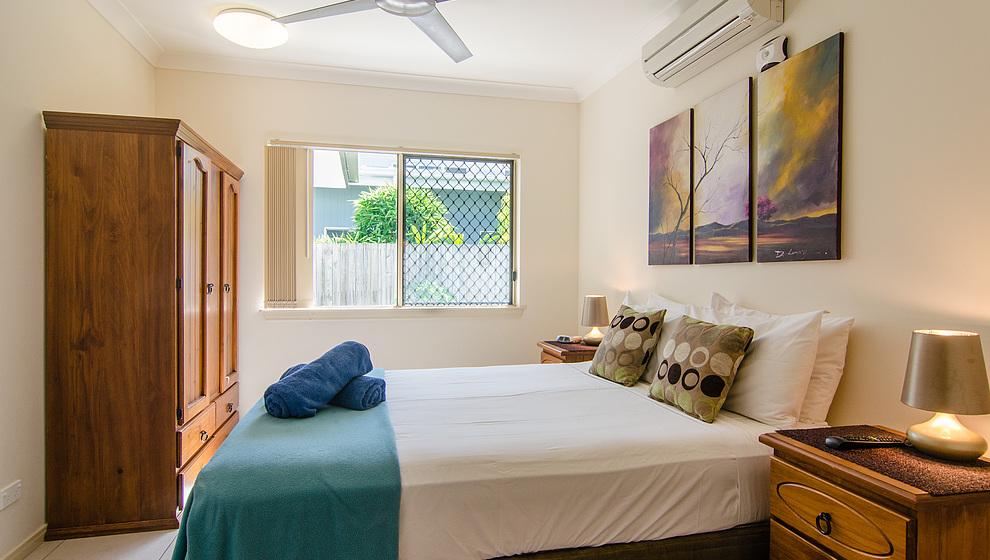 Eden queen bedroom 2