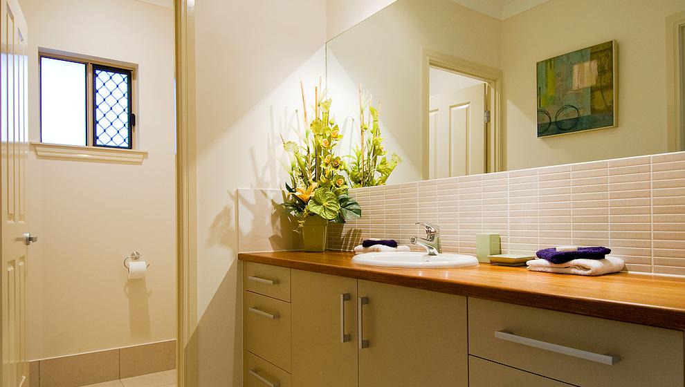 Eden powder room & toilet