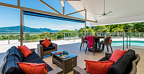 Cassowary Retreat - huge, shaded pool patio